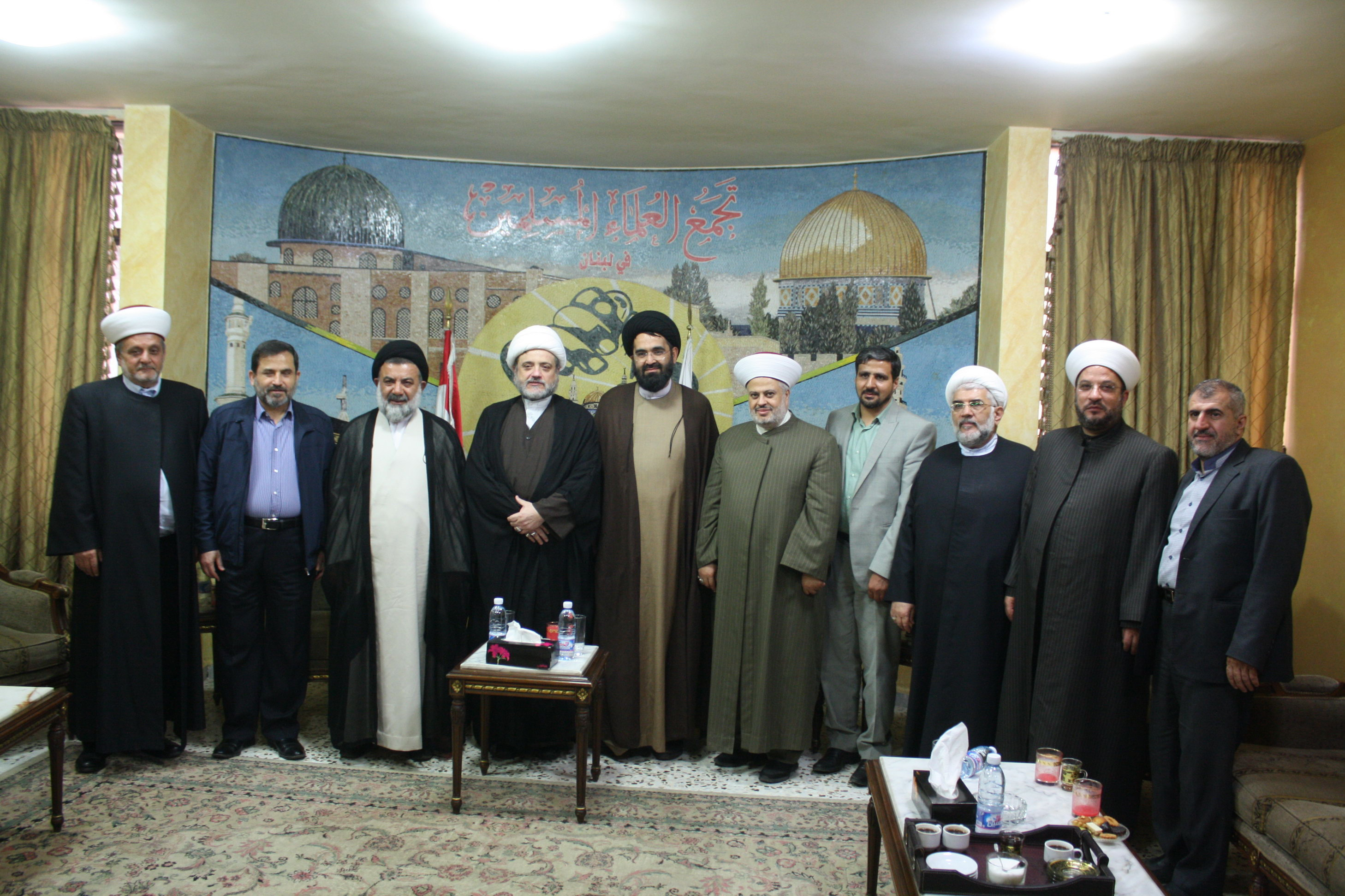 نماینده ولی فقیه در لرستان با تجمع علمای مسلمان لبنان دیدار کرد