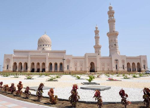 تصاویری از افتتاح مسجد سید فاطمه بنت علی در عمان