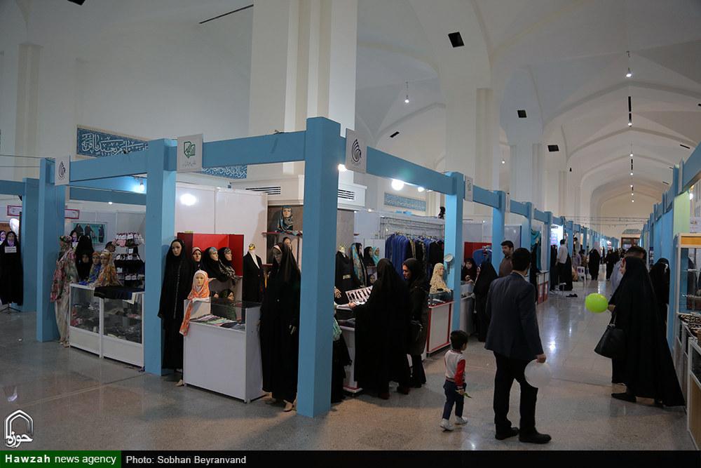 تصاویر/ غرفه های عفاف و حجاب نمایشگاه بین المللی قرآن کریم-۳