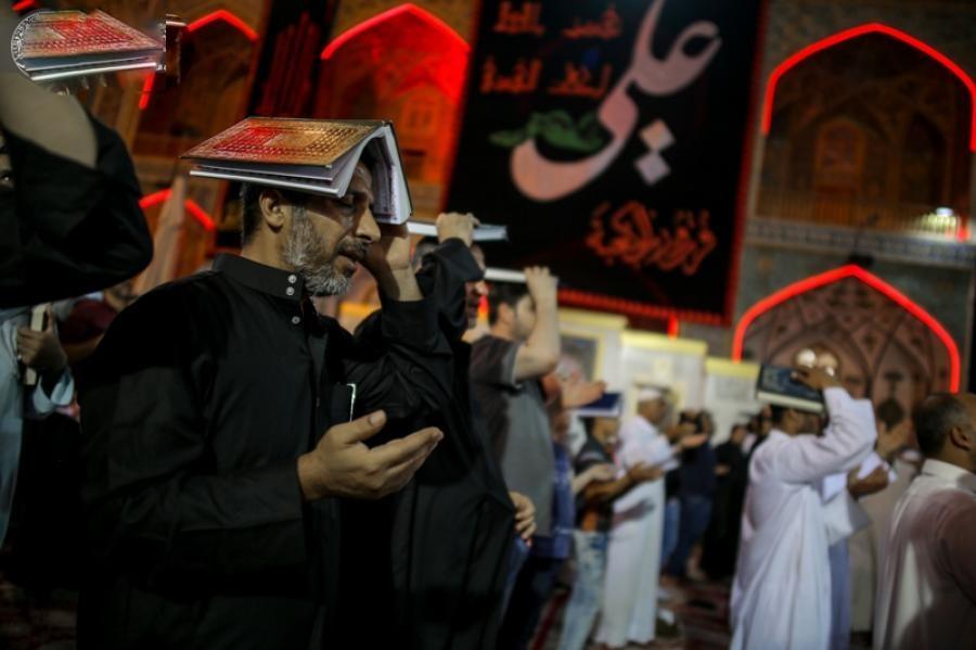 مراسم شب قدر در حرم امیر المؤمنین (ع)برگزار شد