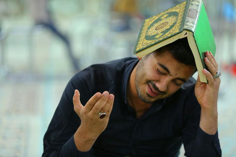 برگزاری مراسم شب قدر و عزاداری امیر المؤمنین (ع) در حرم امامین عسکریین (ع)