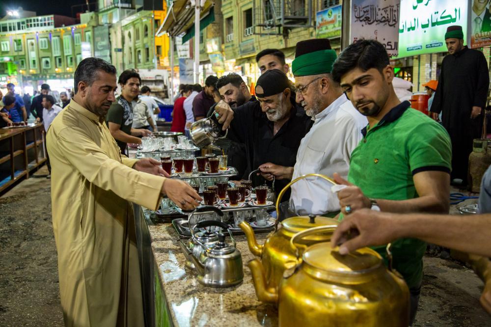افطار با طعم چای سادات کربلا
