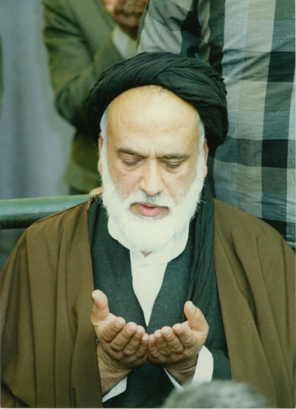 مرحوم حسینی