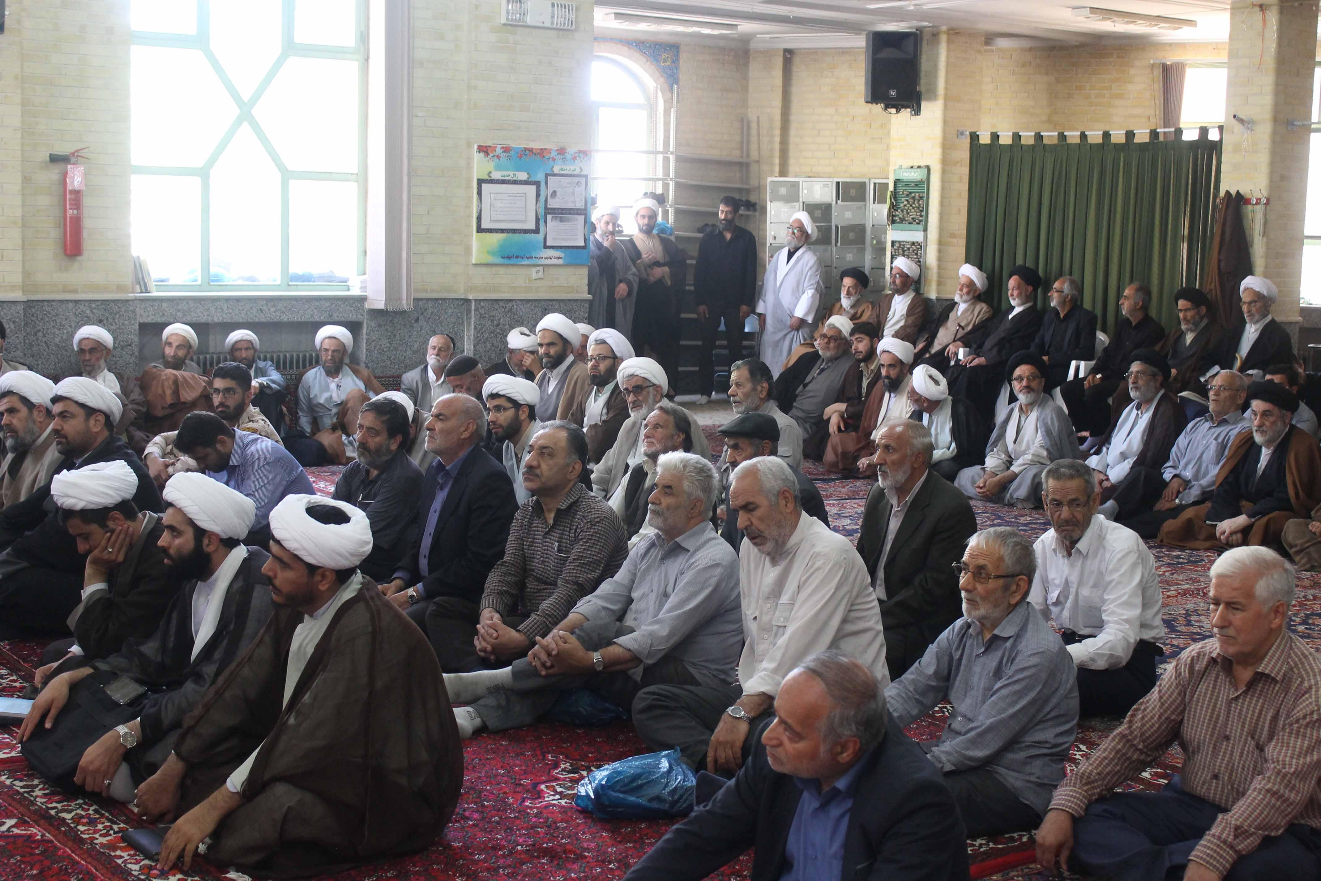 حجت الاسلام و المسلمین حسن طاهری