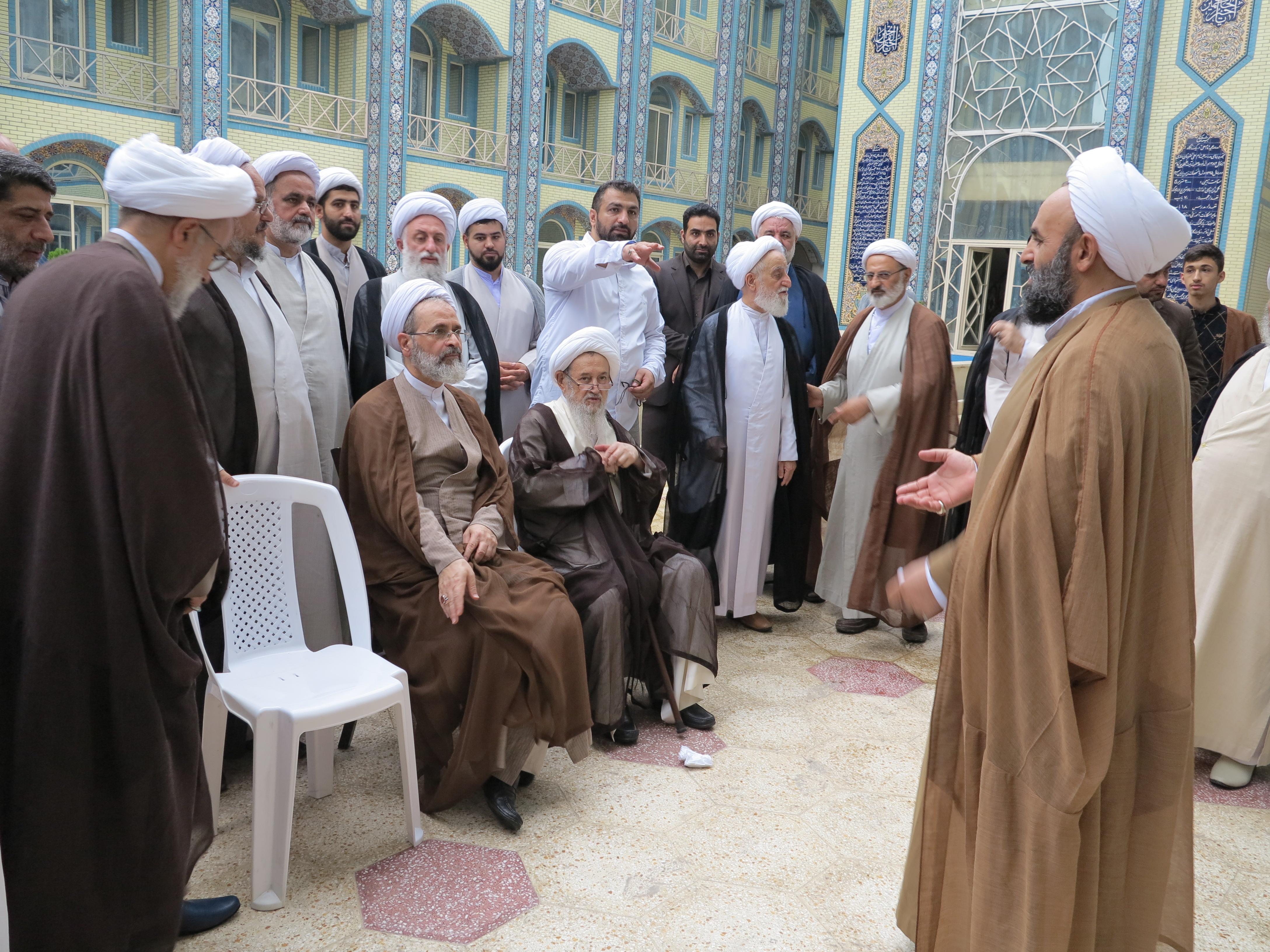 بازدید آیت الله اعرافی در حوزه علمیه امام علی ساری