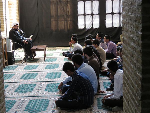 همایش سواد فضای مجازی در حوزه علمیه یزد
