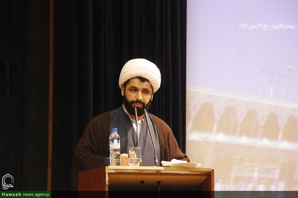 مدیر مدرسه علمیه امام صادق محمود آباد