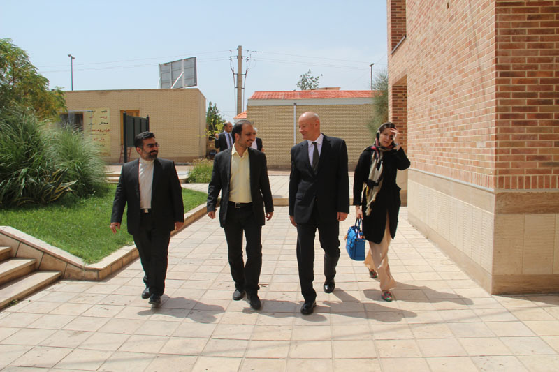 بازدید میکائیل کلور برشتولد سفیر جمهوری فدرال آلمان از دانشگاه ادیان