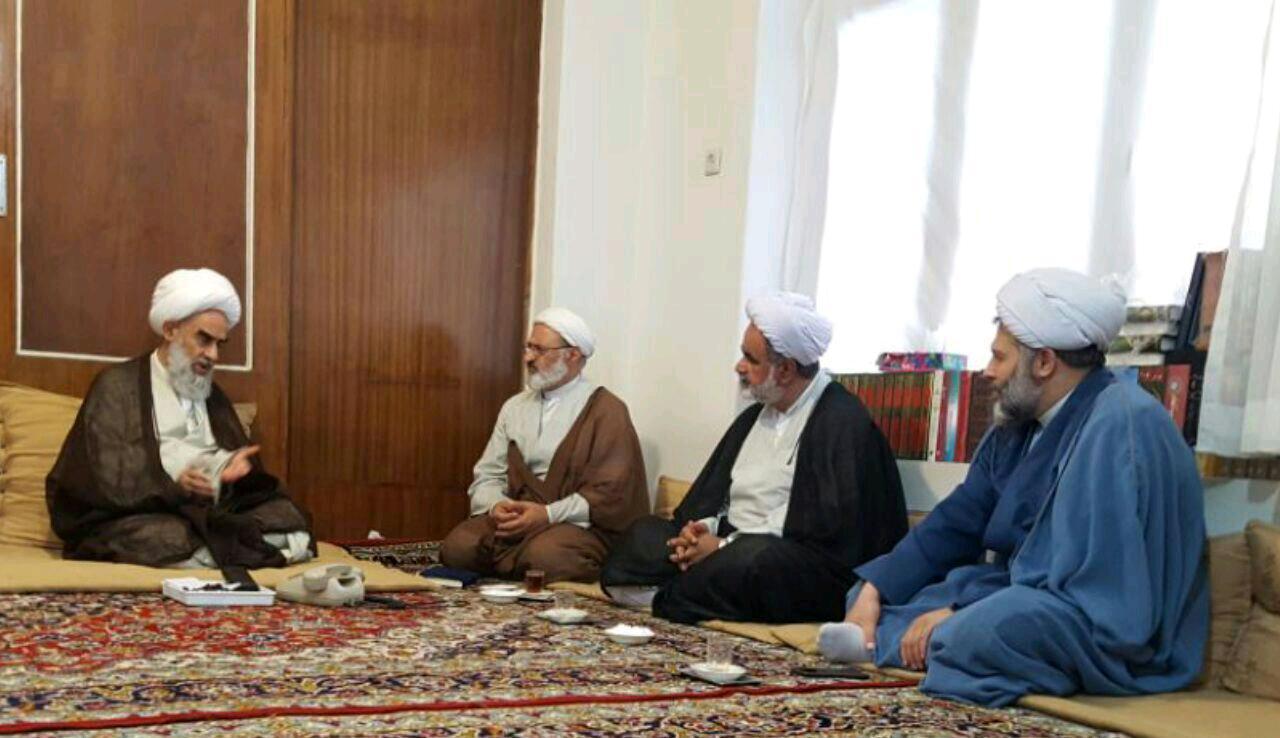 دیدار مدیر حوزه علمیه مازندران با آیت الله صدوقی