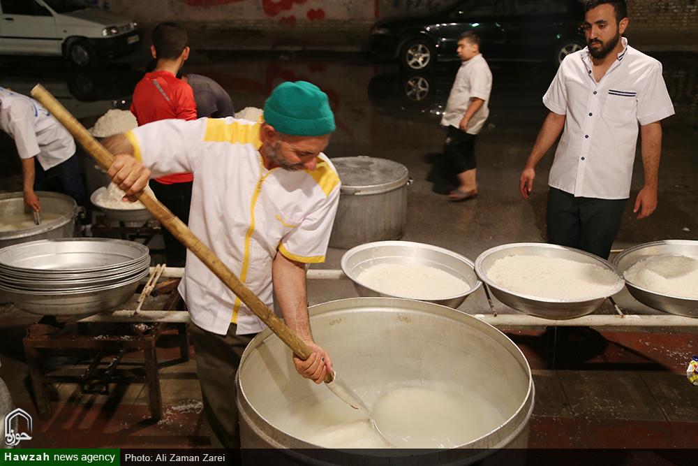 «ضیافت علوی» طبخ ۱۰ هزار پرس غذای متبرک در مناطق محروم اهواز