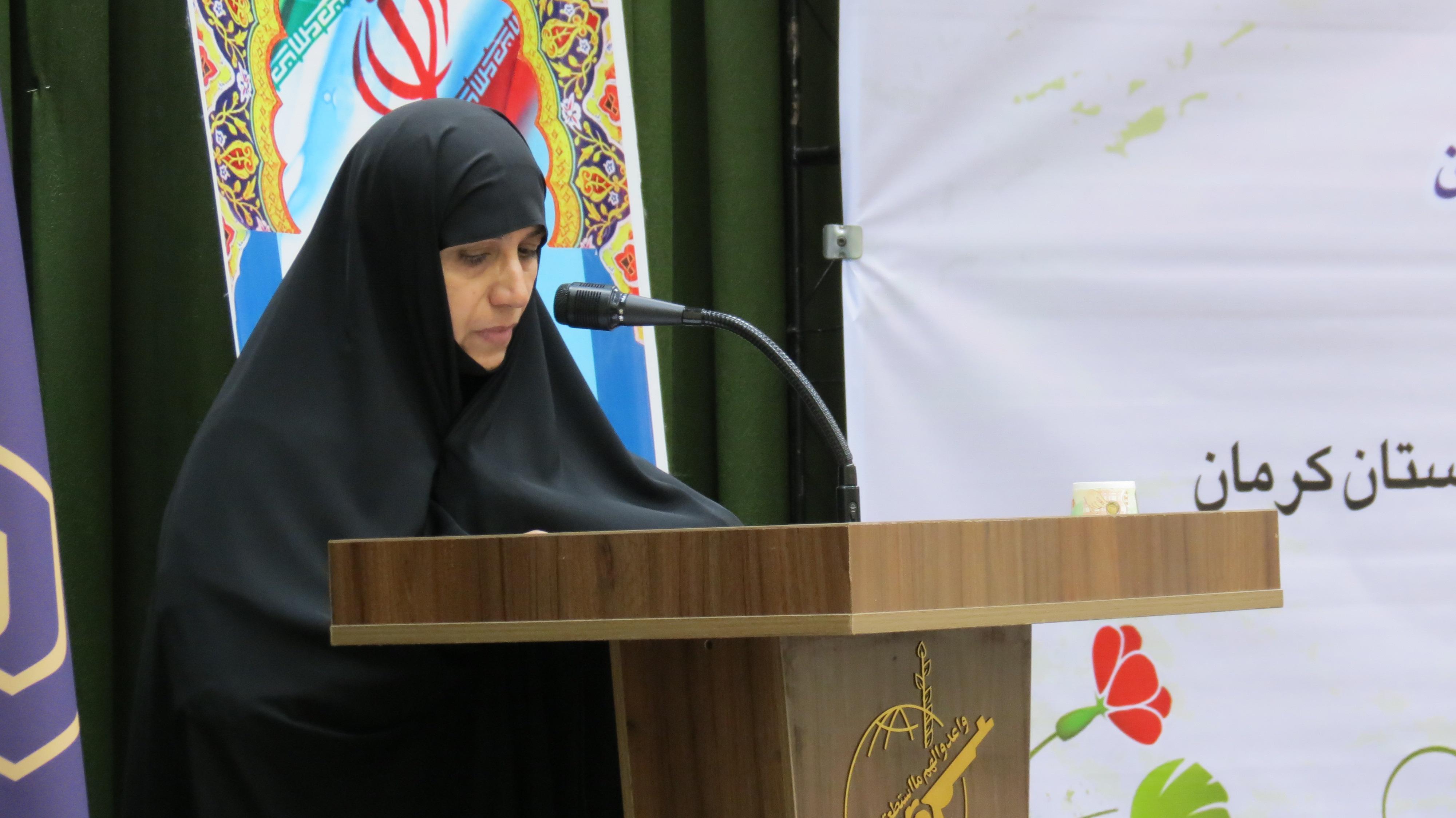 خانم محمدی مدیر حوزه علمیه خواهران استان کرمان