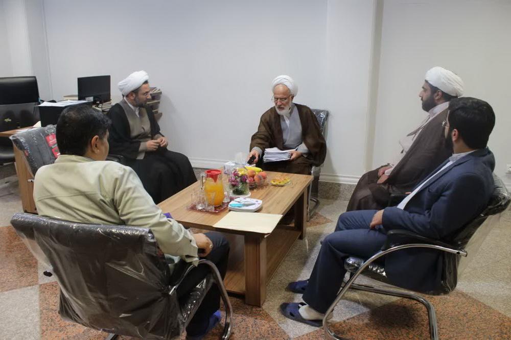 بازدید حجت الاسلام محمد عراقی از پژوهشکده مجمع الفکر الاسلامی