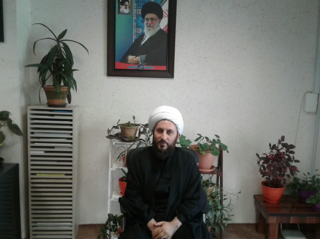 کلیپ   بازدید امام جمعه خوی از مرکز واکسناسیون کرونا