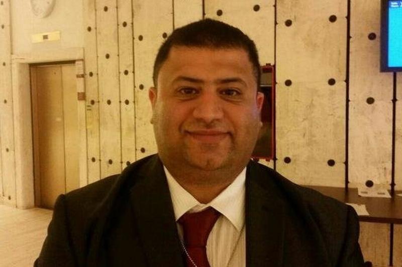 غسان خمیس فعال سیاسی بحرینی