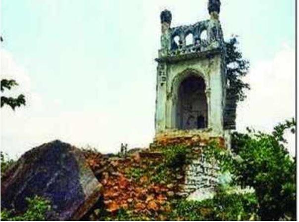 «مسجد جن» کوچکترین مسجد جهان در هند؛ نیاز فوری به مرمت دارد