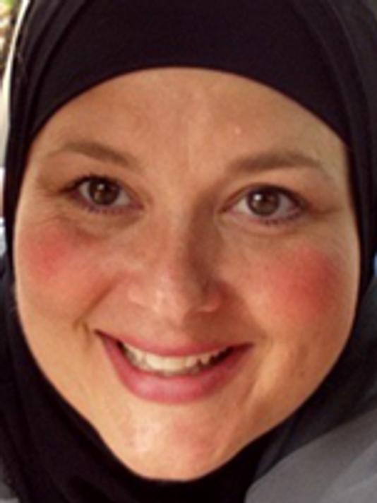 جریمه ۷۵ هزار دلاری کلانتری شهر آمریکایی به خاطر کشیدن حجاب بانوی مسلمان
