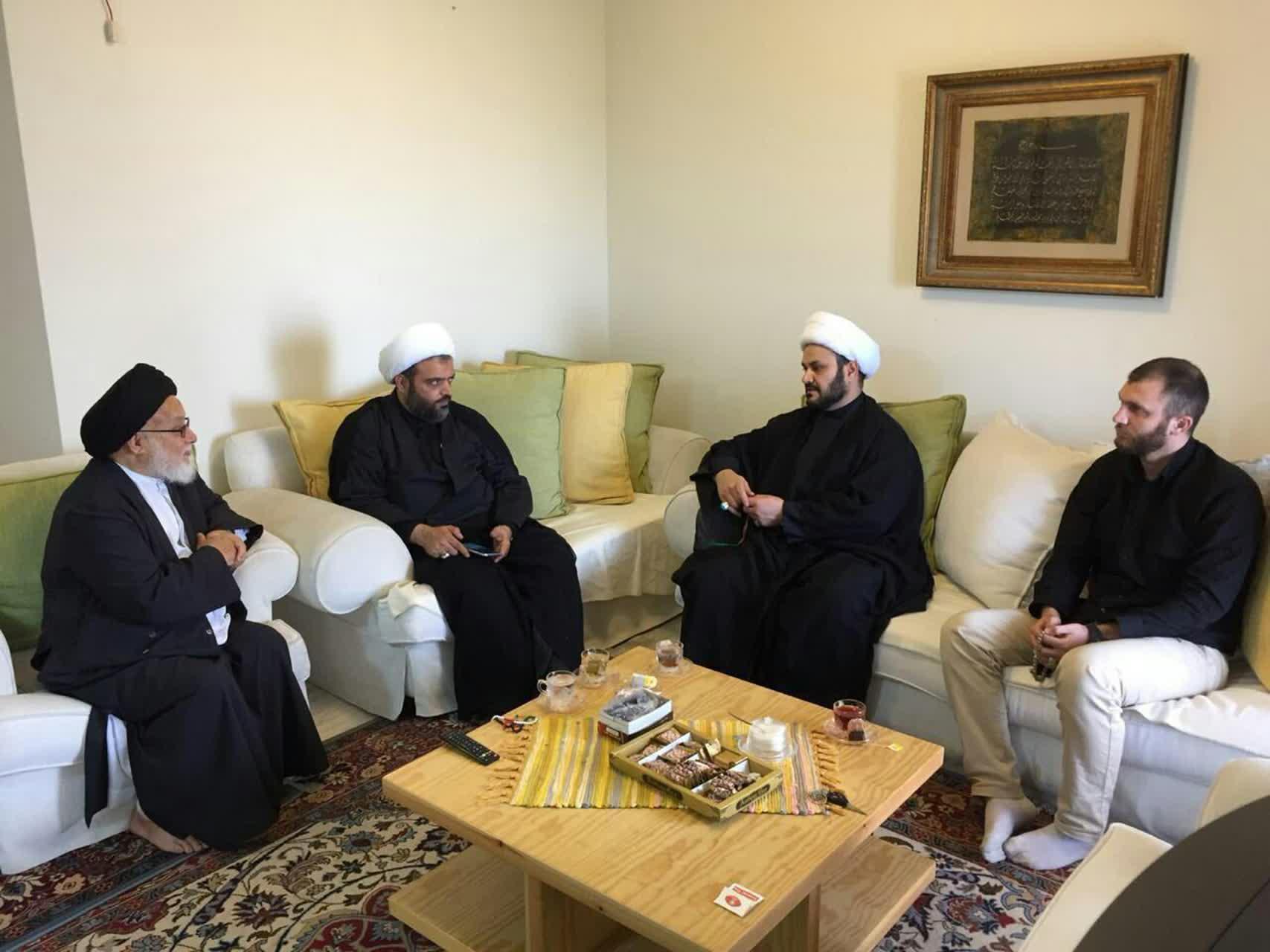 دیدار دبیرکل نجبا با نماینده مقام معظم رهبری در لبنان