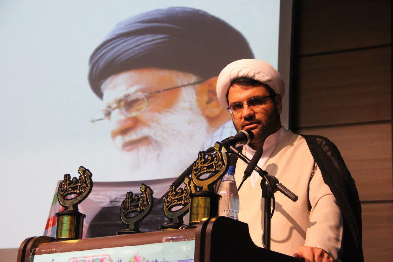 حجت الاسلام کراری- معاون پژوهش حوزه فارس