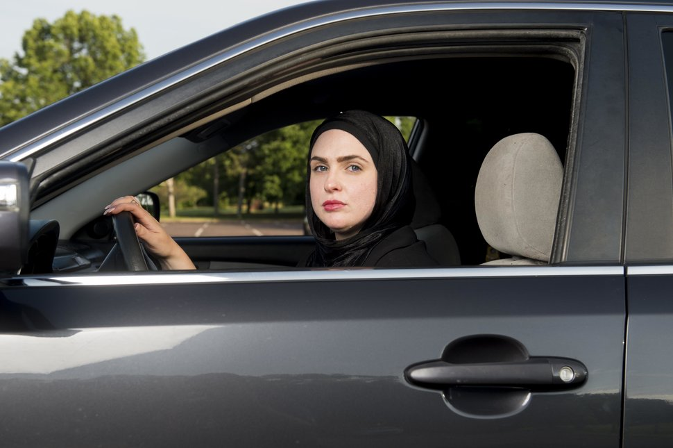 زنان محجبه راننده ، هدف حملات جاده ای در آمریکا قرار می گیرند
