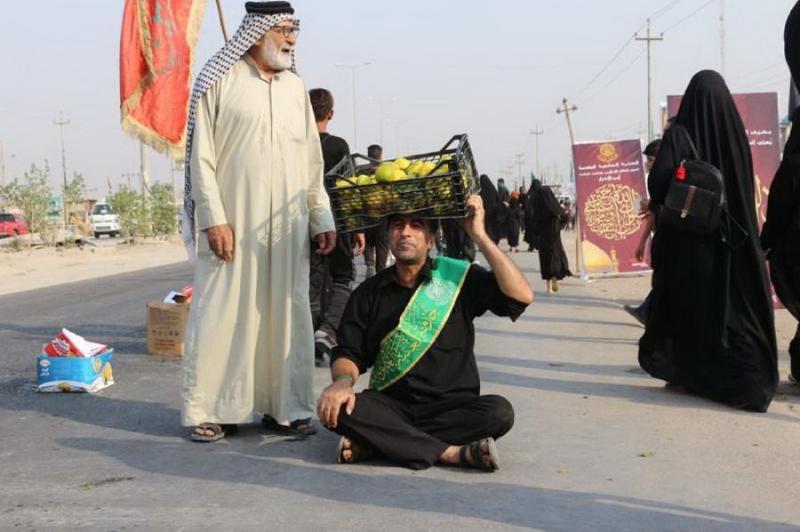 پذیرایی حرم امام علی(ع) از زائران اربعین