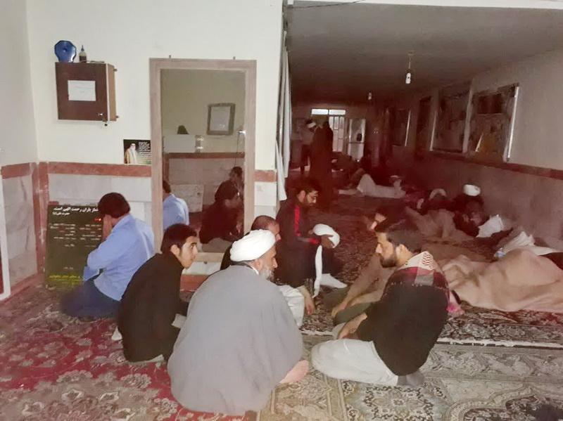 خدمت رسانی حوزه علمیه مهران از زائران حوزوی