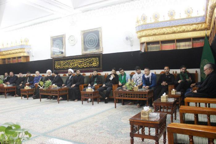 تشرف مستبصرین کشور بوسنی و هرزگوین به زیارت حرم امیر المؤمنین(ع)