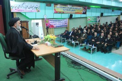 دیدار با فرماندهان انتظامی کردستان