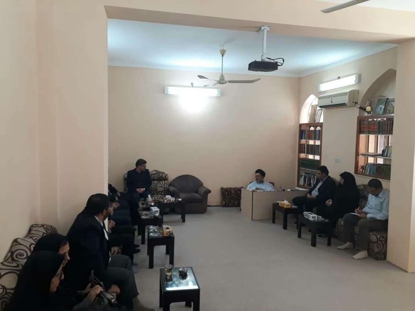 جلسه دانشگاه و حوزه