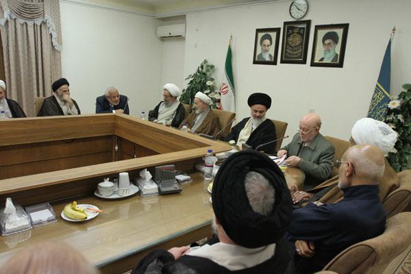 نشست اعضای شورای مرکزی حزب موتلفه اسلامی با شورای عالی جامعه مدرسین