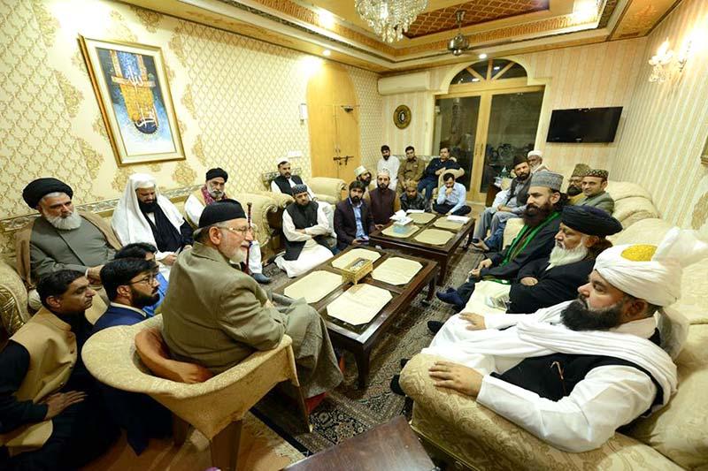 مدیر حوزه علمیه عروه الوثقی لاهور با رهبر جنبش منهاج القرآن پاکستان دیدار کرد