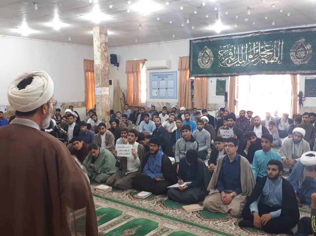 طلاب استان بوشهر جنایت آل سعود در یمن را محکوم کردند