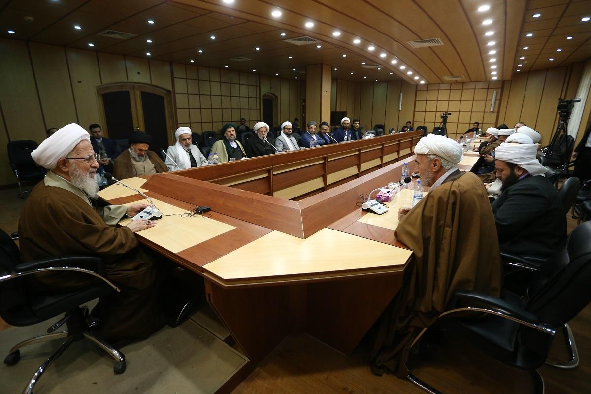 حضرت آیت الله جوادی آملی در دیدار جمعی از علمای اهل سنت کردستان