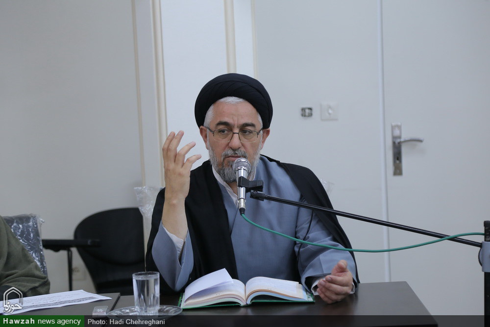 تصاویر/ نشست الگوی ایرانی اسلامی پیشرفت در مدرسه عالی فقه و اصول- حجت الاسلام والمسلمین میرمعزی