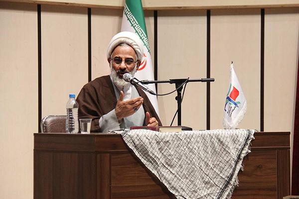 حجتالاسلام والمسلمین عبدالله حاجی صادقی