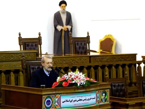 نشست خبری دکتر علی لاریجانی