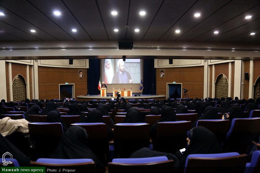 تصاویر/ همایش طلیعه حضور ویژه طلاب جدیدالورود حوزه علمیه خواهران مازندران در قم