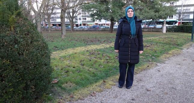 شهردار فرانسوی، دختر محجبه را از بازار کریسمس بیرون انداخت