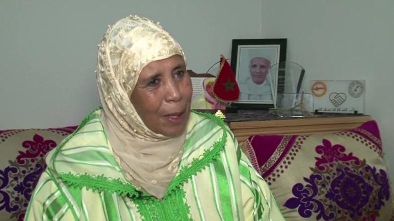 بانوی سالمند مراکشی منزلش را به پناهگاه بیماران سرطانی تبدیل کرد