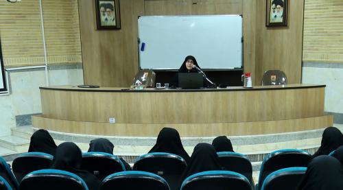 کارشناس دفتر زنان شورای عالی انقلاب فرهنگی