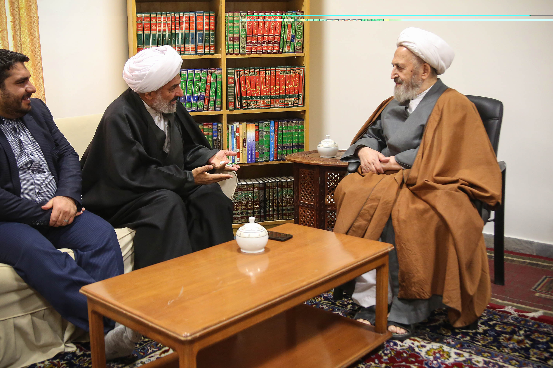 حجتالاسلام والمسلمین عباس اسکندری در دیدار با آیتالله العظمی سبحانی
