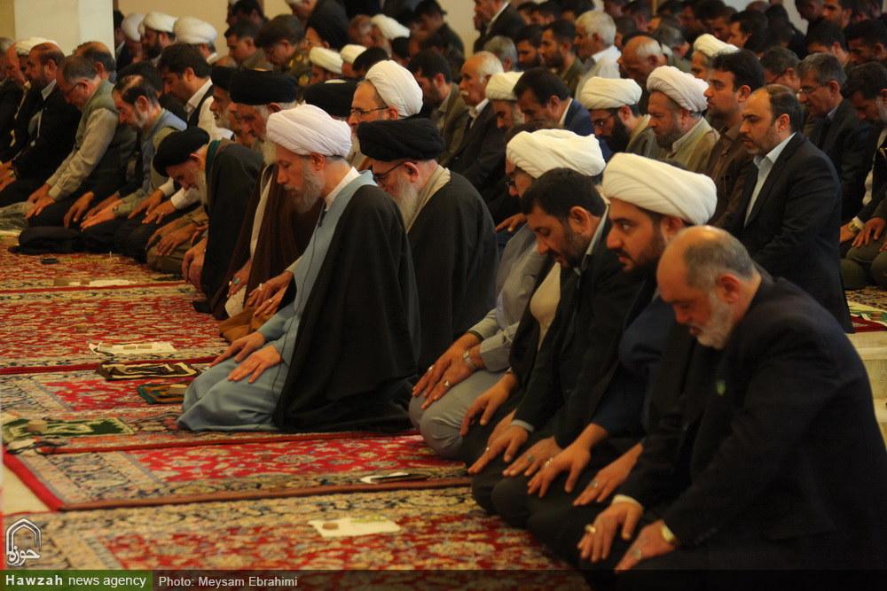 تصاویر/ حضور آیت الله اعرافی در نمازجمعه شیراز