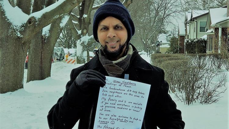 مسلمانان شیکاگو در نامه هایی به همسایه ها پیشنهاد کمک دادند