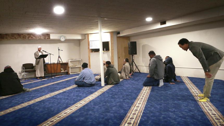 دو مسجد داکوتای شمالی درهایشان را به روی مردم محلی می گشایند