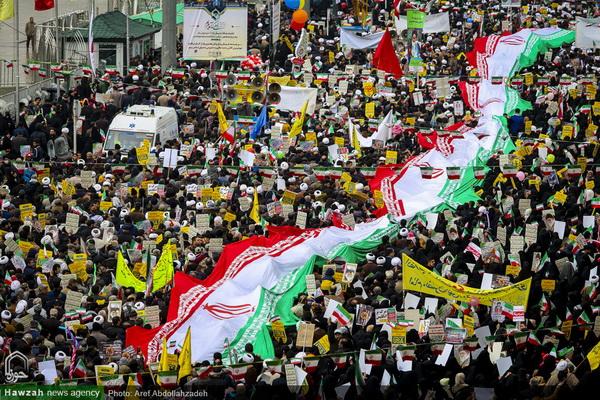 شکوه حضور مردم انقلابی در  جشن بزرگ انقلاب