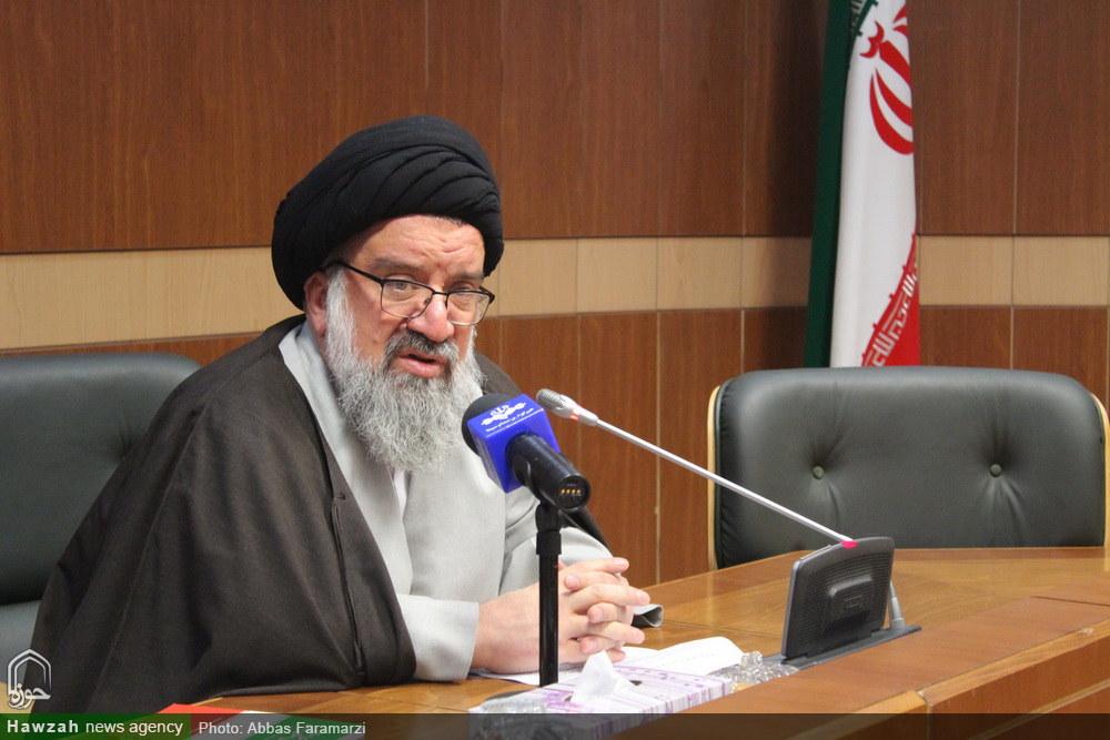 نشست خبری سخنگوی هیئت رئیسه مجلس خبرگان رهبری -آیت الله سید اجمد خاتمی