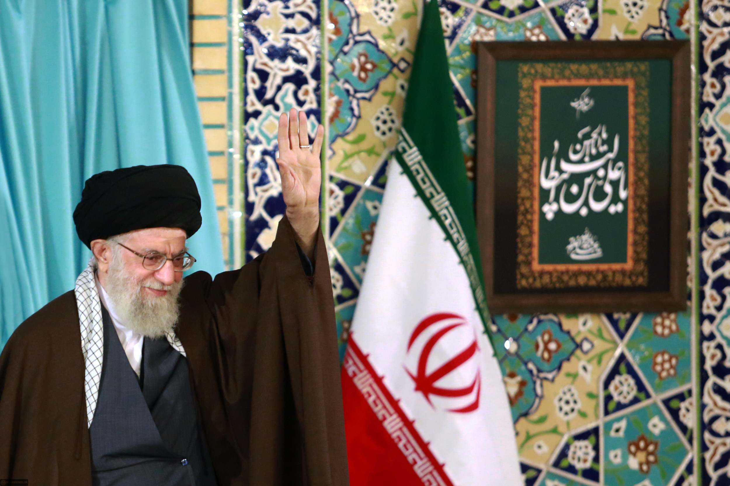 حضرت آیت الله العظمی خامنه ای - رهبر معظم انقلاب اسلامی