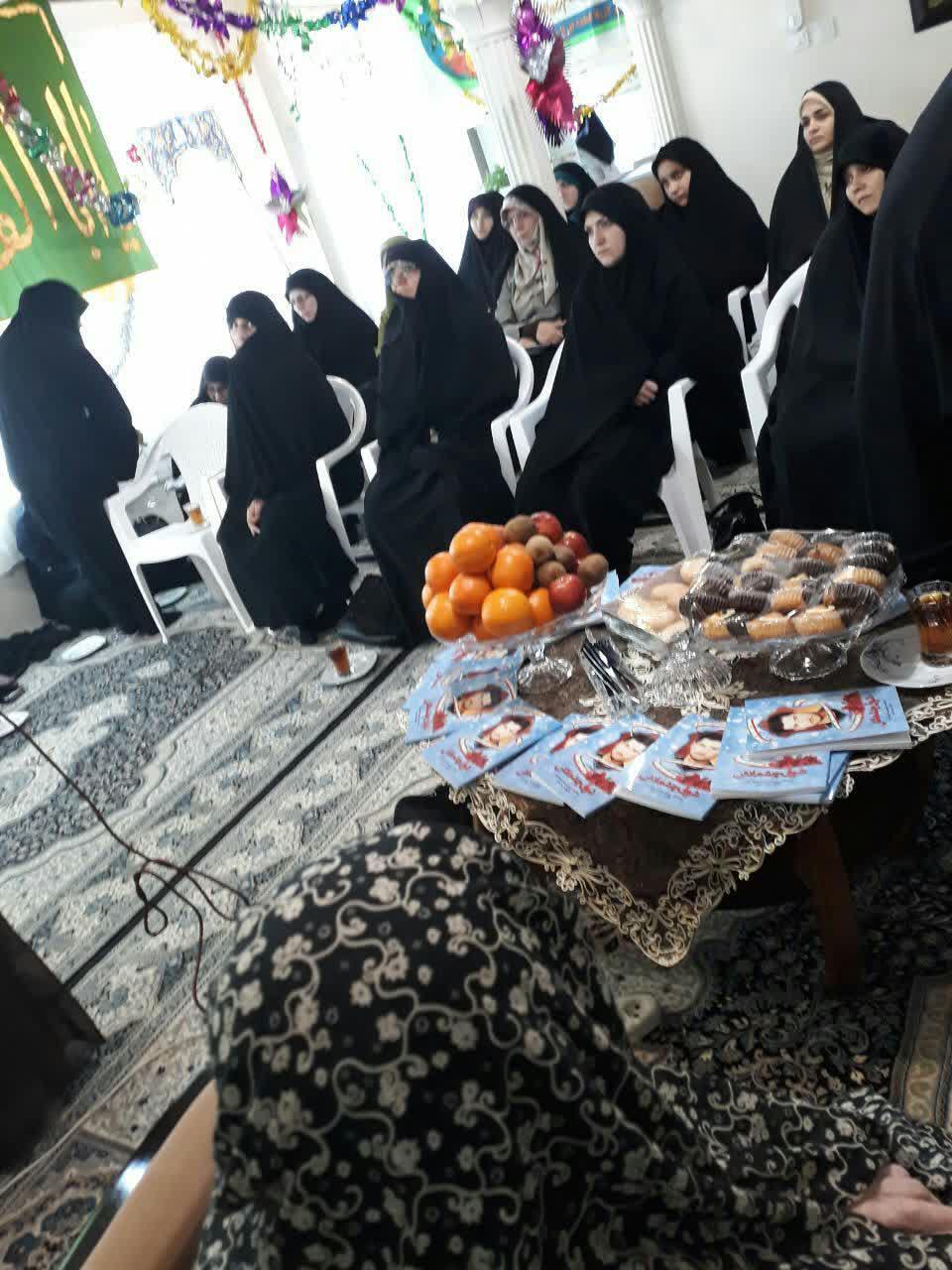 دیدار خانواده شهید-حوزه خواهران انزلی