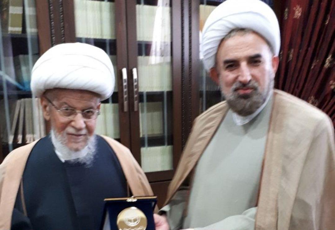 حجت الاسلام مختاری با موسس مجمع الزهرا(س) بیروت دیدار کرد