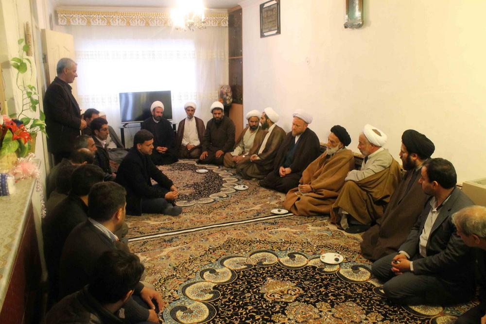 حضور آیت الله سید مصطفی موسوی اصفهانی در منزل حجت الاسلام قاسمی