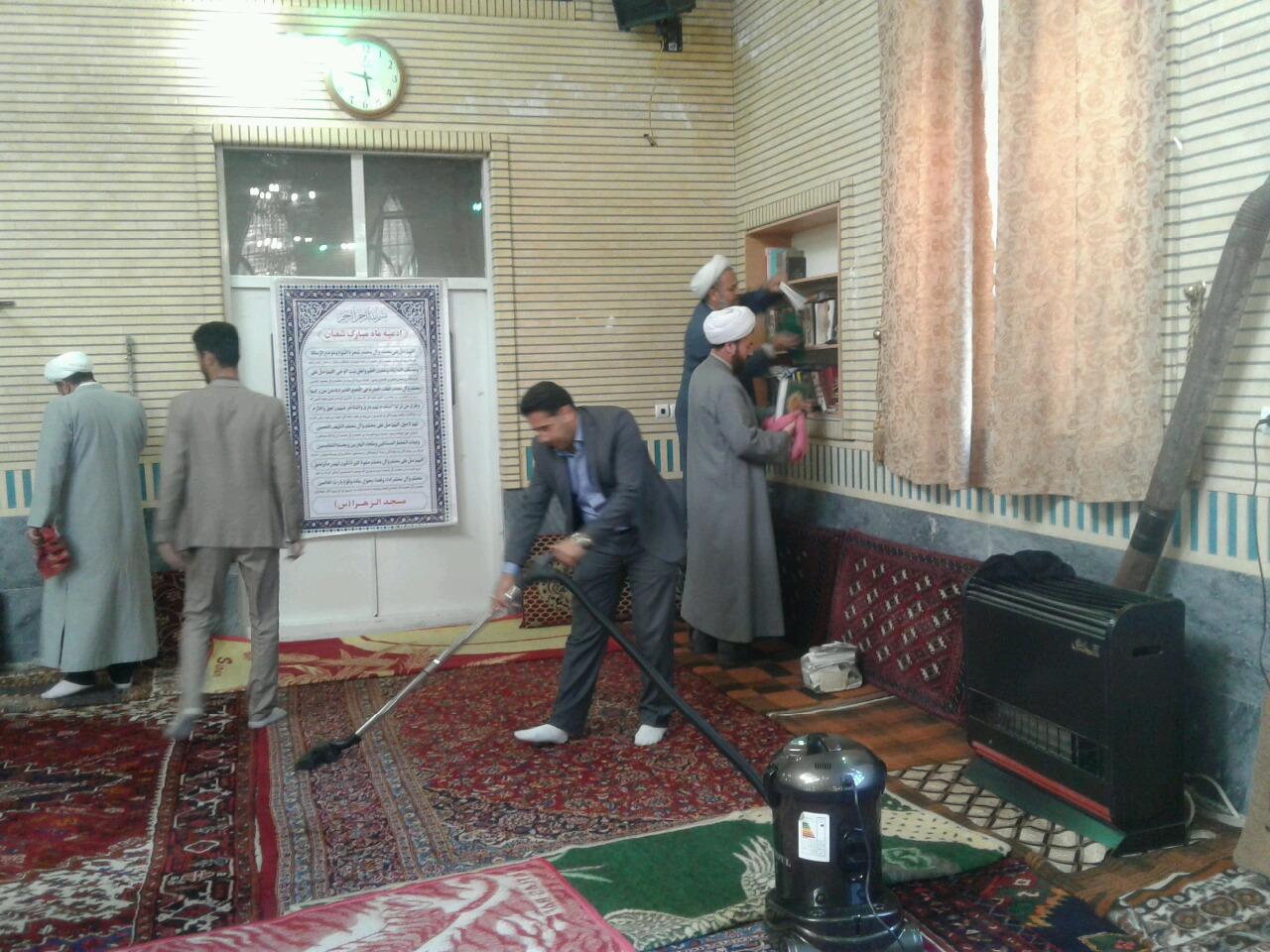 آئین غبار روبی مساجد آذربایجان غربی
